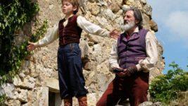 『家なき子』がフランス映画で公開。南仏の景色や動物のCG、原作にないエピソードにも注目
